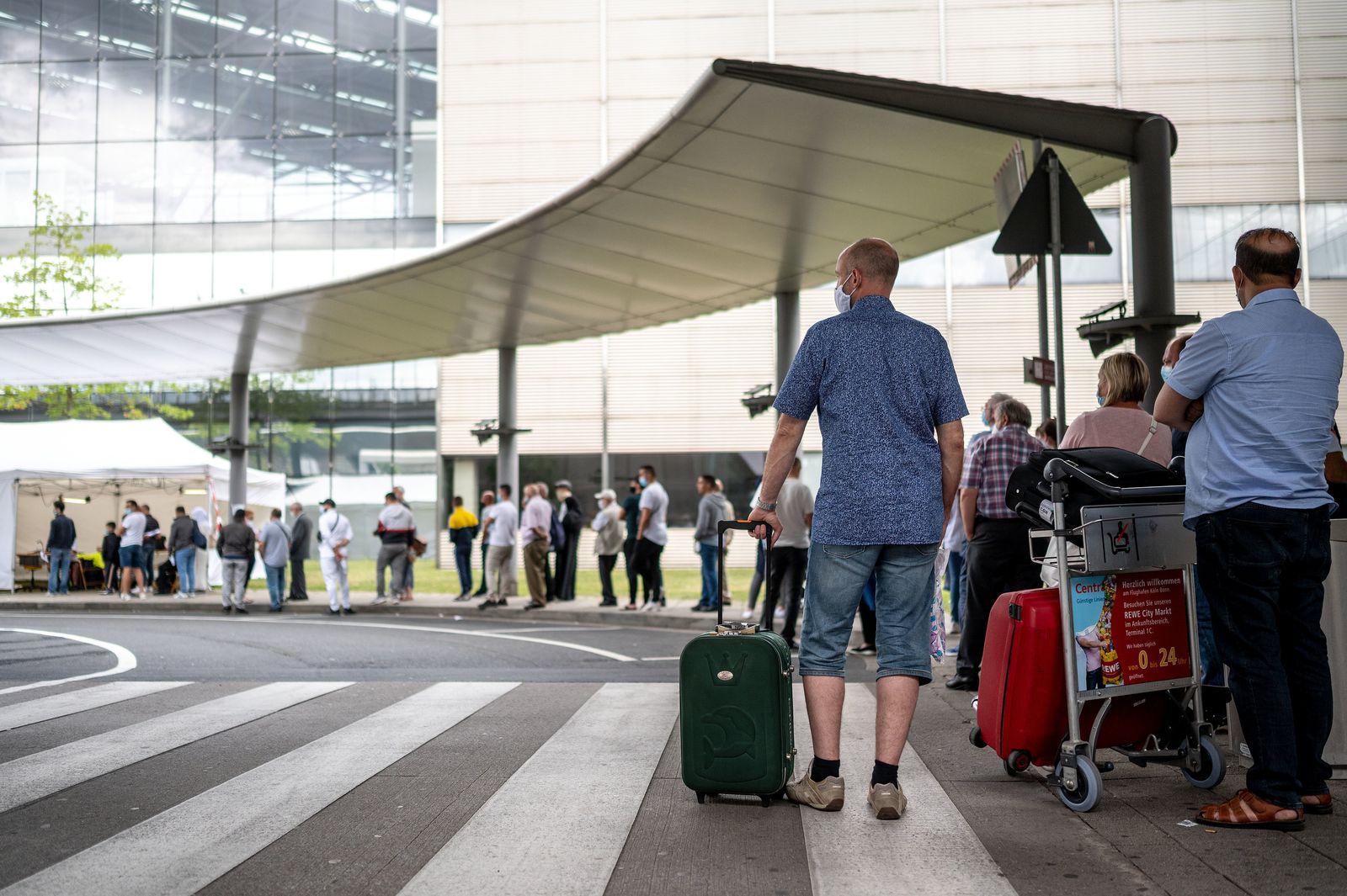 Corona-Tests am Flughafen Köln