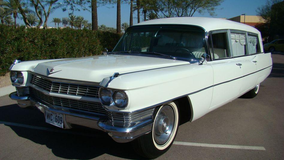 Cadillac-Leichenwagen: Für die letzte Fahrt Kennedys vom Krankenhaus zur Air Force One