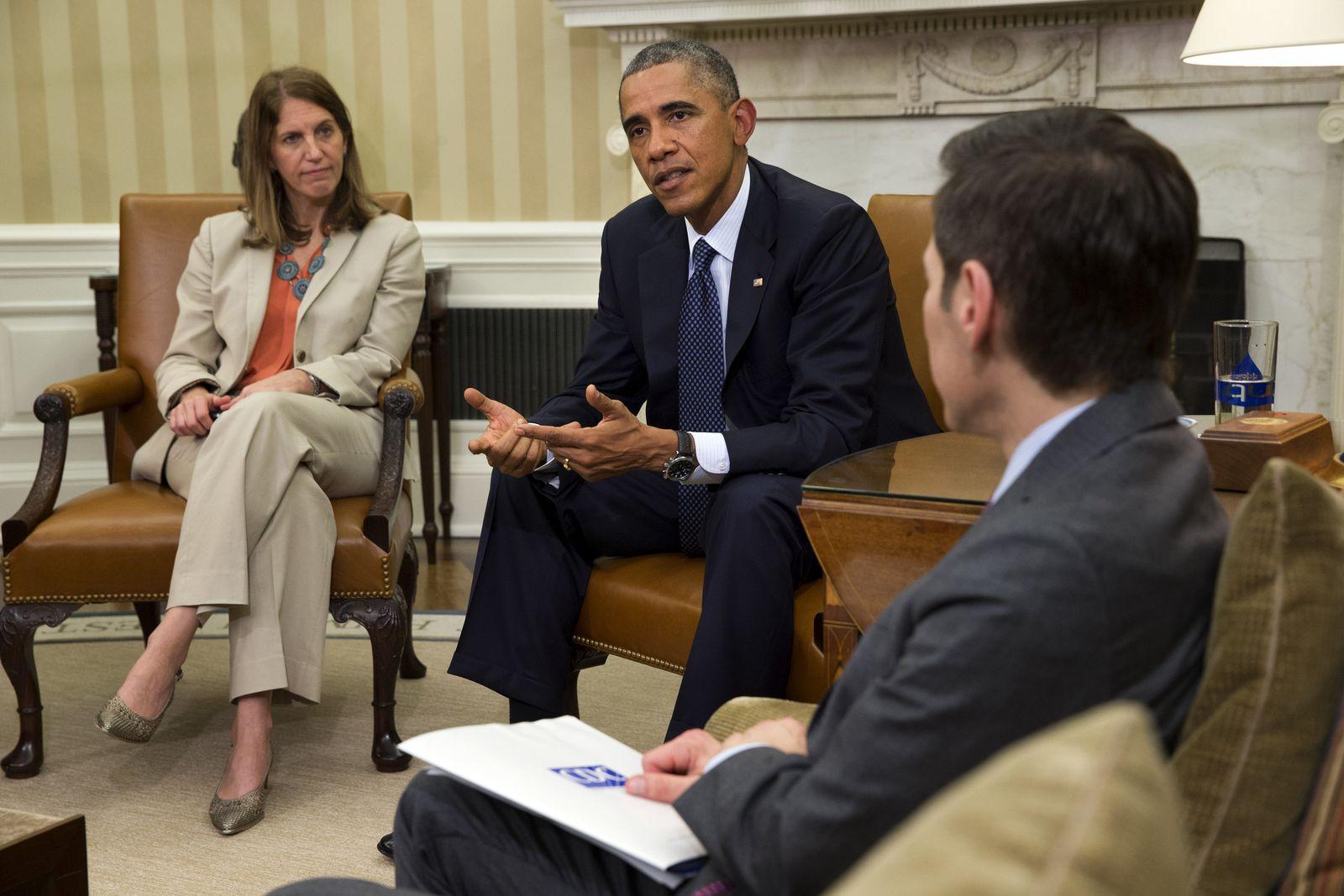 Barack Obama, Sylvia Burwell, Thomas Frieden