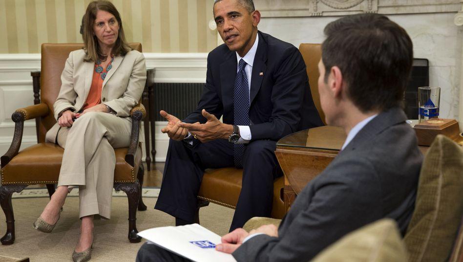 Obama mit Ebola-Beratern im Weißen Haus: Der Druck wächst