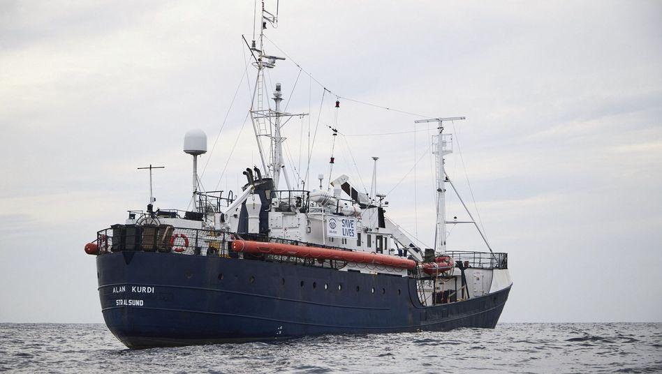 """Das Rettungsschiff """"Alan Kurdi"""" der Regensburger Organisation Sea-Eye"""