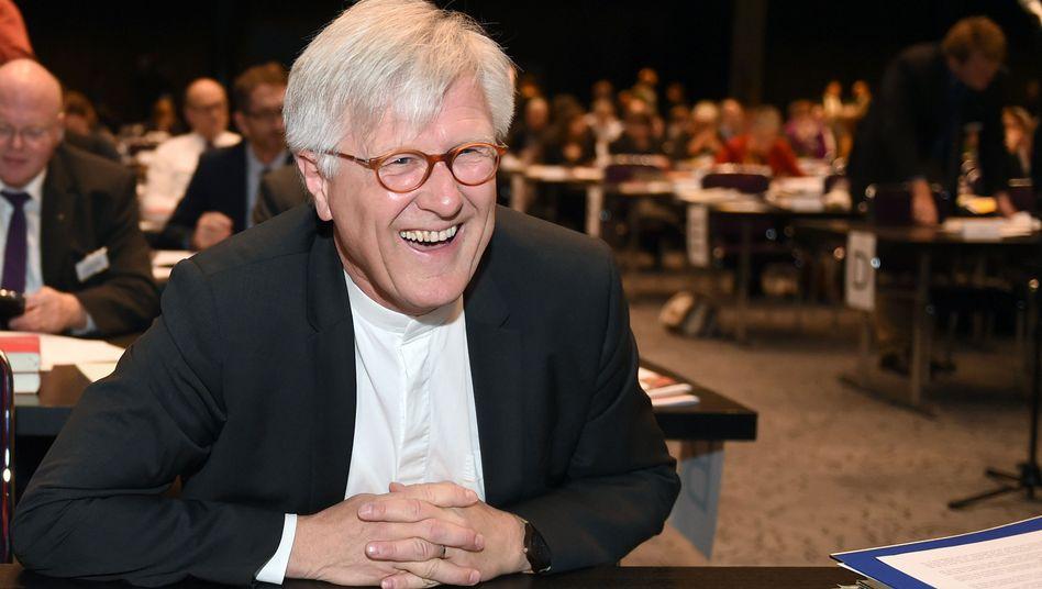 Heinrich Bedford-Strohm bei der Synode in Bremen: Als Ratsvorsitzender bestätigt