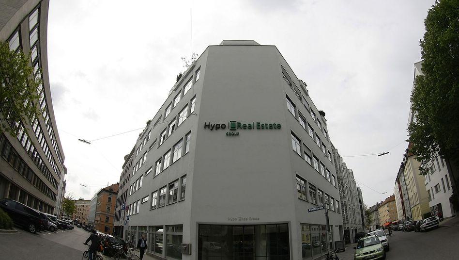 Hypo Real Estate in München: Dutzende Aktionäre fühlten sich vom Bund unfair behandelt