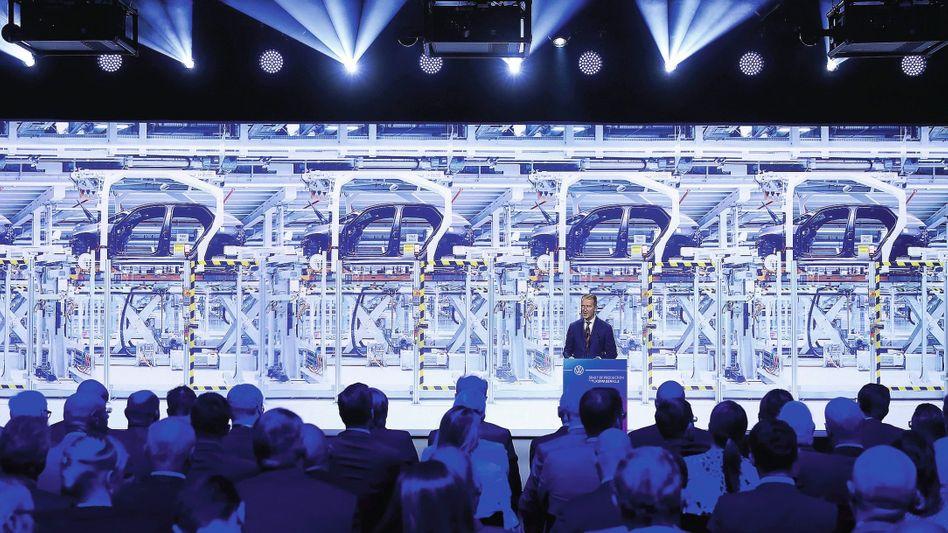 VW-Chef Herbert Diess bei einem Auftritt in Zwickau 2019