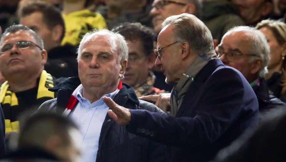 Uli Hoeneß bei einem Gastspiel des FC Bayern in Dortmund (2018)