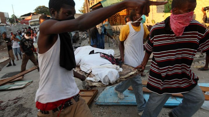 Photo Gallery: Rising Desperation in Port-au-Prince