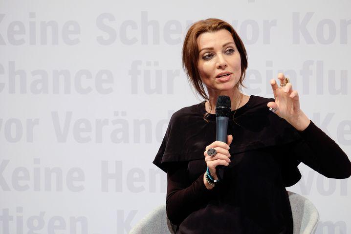"""Elif Shafak: """"Die Entscheidung ist unfair, undemokratisch"""""""