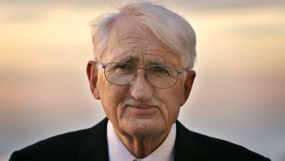 Philosoph Jürgen Habermas (Archiv): »Auf längere Fristen glaube ich an die aufklärende Macht des kritischen Wortes«