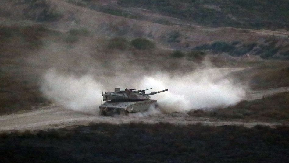 Israelischer Panzer am Gazastreifen