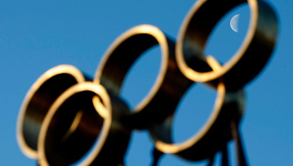 Die olympischen Ringe am IOC-Quartier in Lausanne