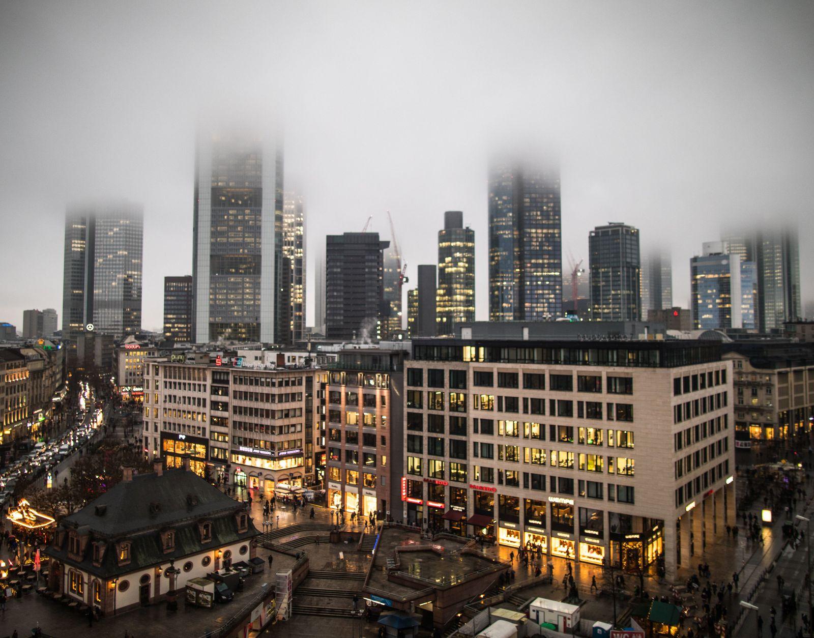 Nebel über Frankfurt