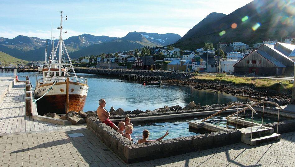Touristen in Siglufjörður