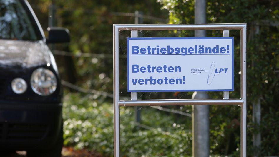 LPT in Neu Wulmstorf: Affen sollen in zu kleinen Käfigen gehalten worden sein