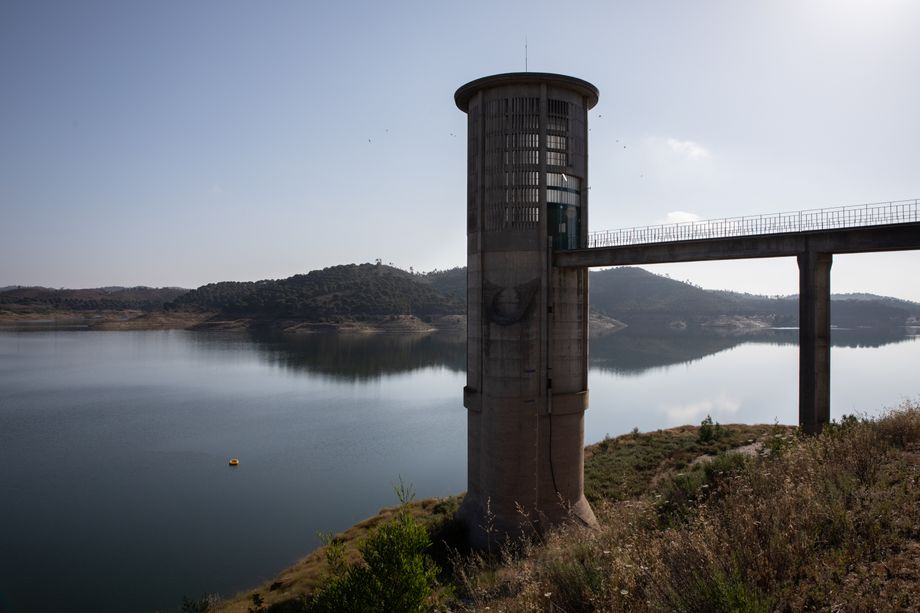 The Santa Clara reservoir is drying up. Some 90 percent of the water is used for agriculture, but it is rapidly emptying out.