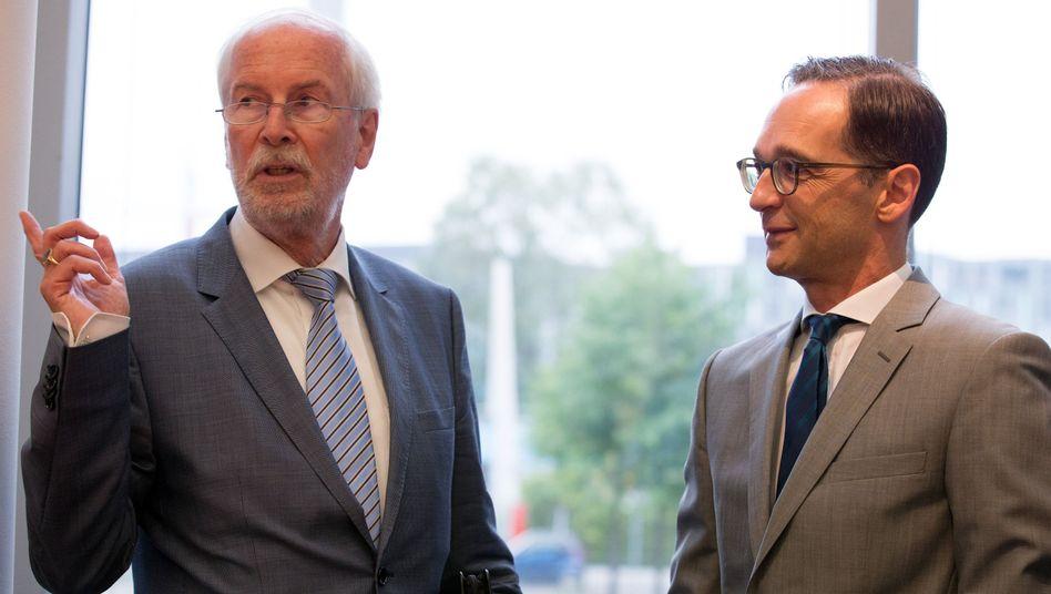 Der scheidende Range, Justizminister Maas: Höflich gegrüßt