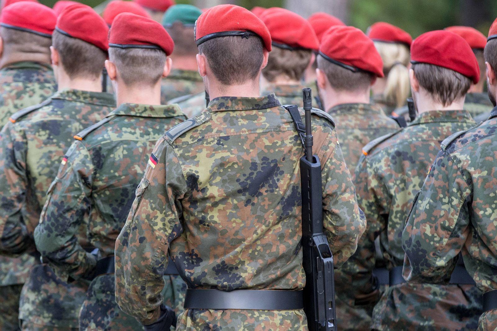 EINMALIGE VERWENDUNG bundeswehr/ spion