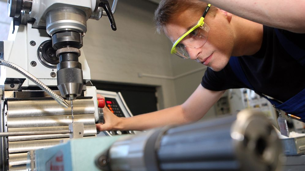 Photo Gallery: Germany's Next Generation of Workers