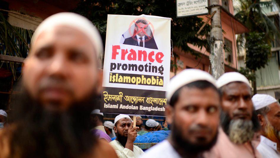 Anti-Macron-Protest in Bangladesch: Demonstrationen und Boykottaufrufe gegen Frankreich