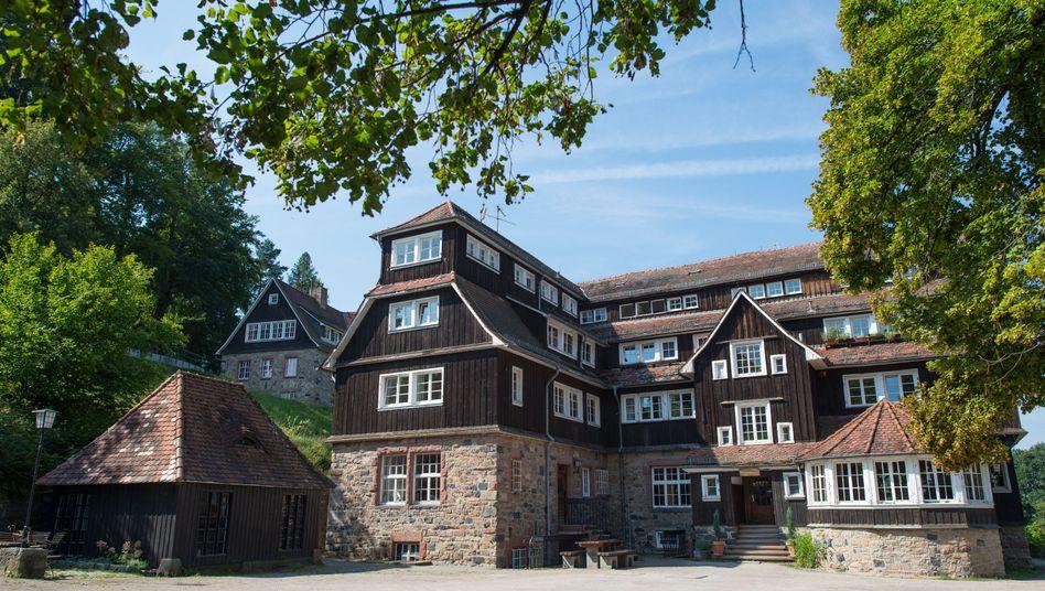 """Wohnhaus der Odenwaldschule (Archiv): """"Grenze von strafbaren Handlungen nicht überschritten"""""""