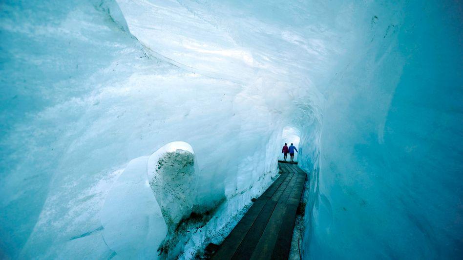Rhône-Gletscher in der Schweiz: Experten fürchten Abschmelzen bis 2100