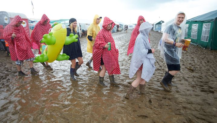 Gewitter bei Rock am Ring: Düstere Wolken, zerstörte Zelte