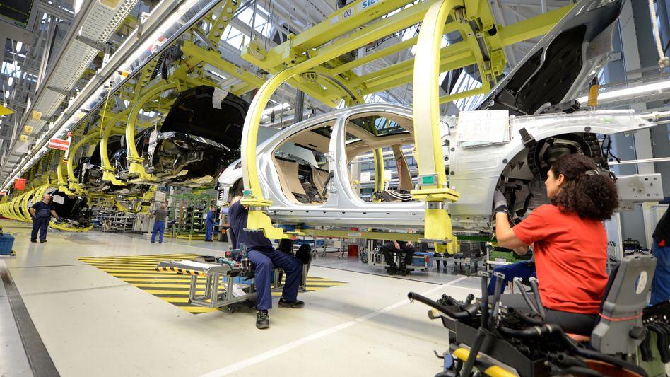Mercedes-Werk: Kampf gegen den Terror in Sindelfingen