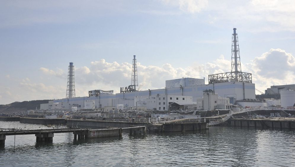 Photo Gallery: Fukushima Now on Par with Chernobyl