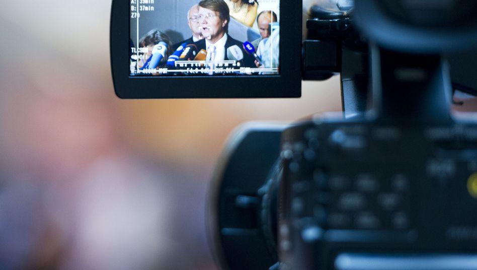 Chancellor Angela Merkel's chief of staff, Ronald Pofalla, addressed the media on Thursday.