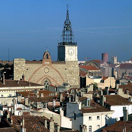 "Kathedrale Saint-Jean-Baptiste in Perpignan: ""Schwemme"" der Kunst-Kriminalität"