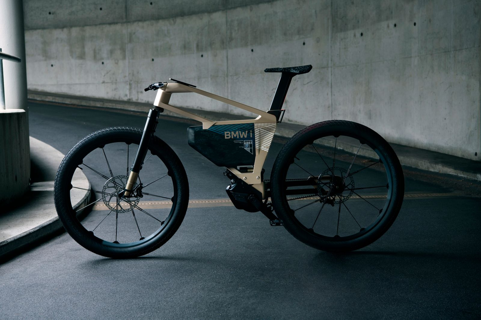 bmw-i-vision-amby-in