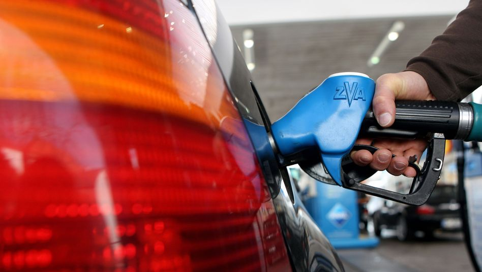 """Kunde an Tankstelle (in München): """"Willkürliche Preismanipulation"""""""