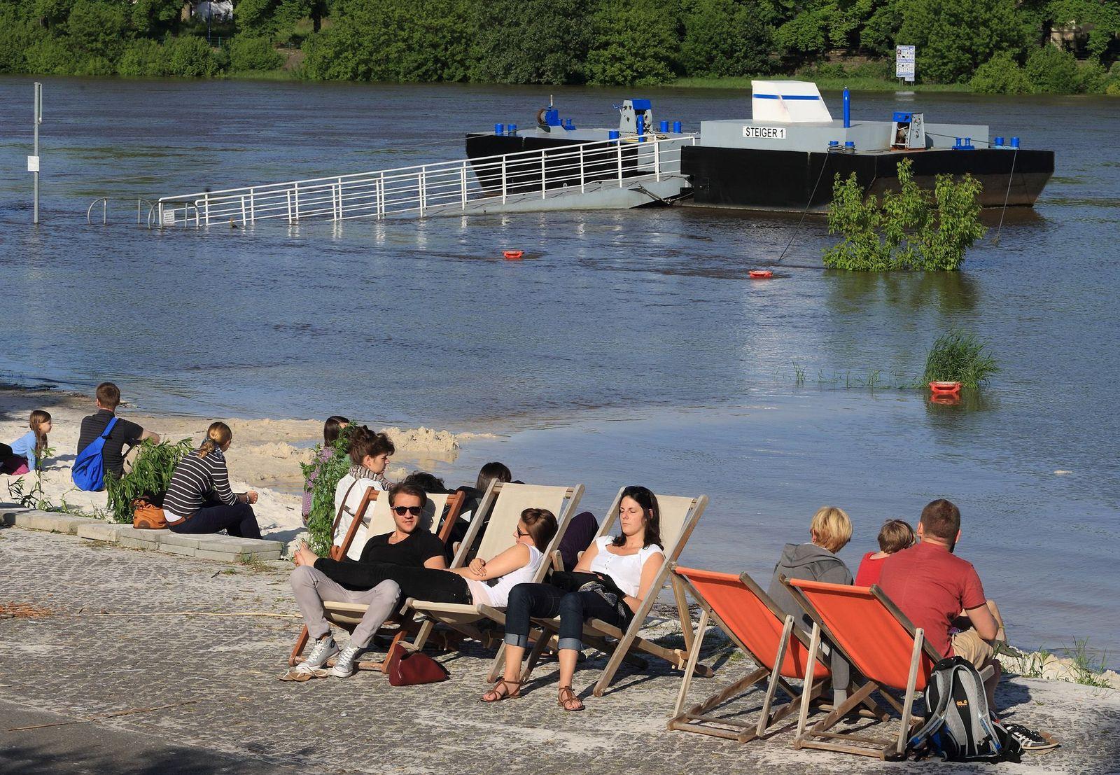 Tourismus / Hochwasser / Magdeburg
