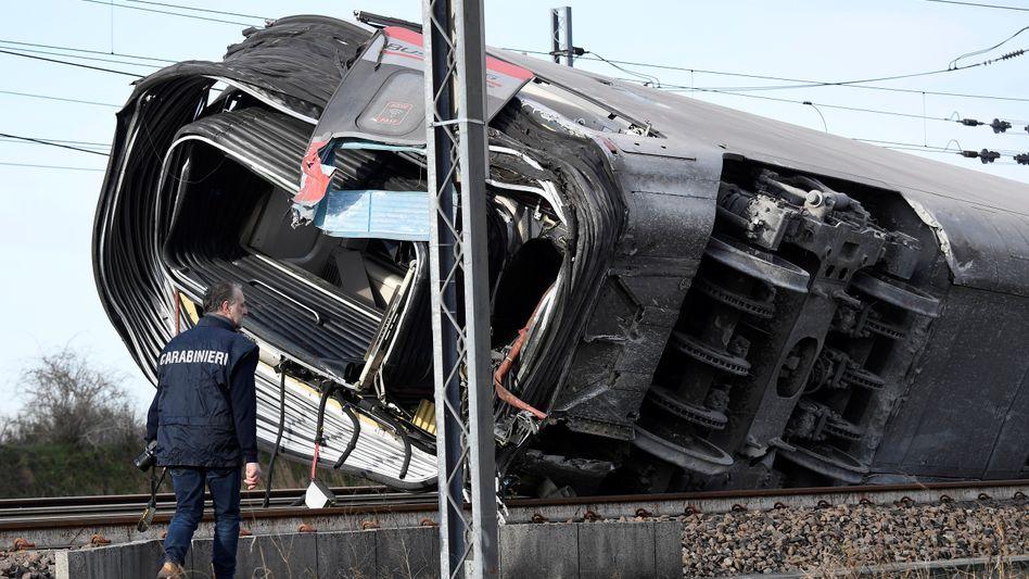 Verunglückter Schnellzug: Der Unfall ereignete sich in der Nähe von Casal Pusterlengo südöstlich von Mailand