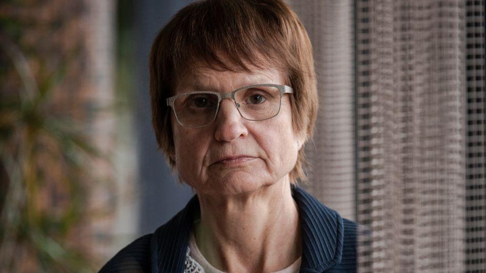 Esther Müller: Ihr Onkel hatte die Familie überredet, dem selbsternannten Prediger Paul Schäfer in die Colonia Dignidad zu folgen