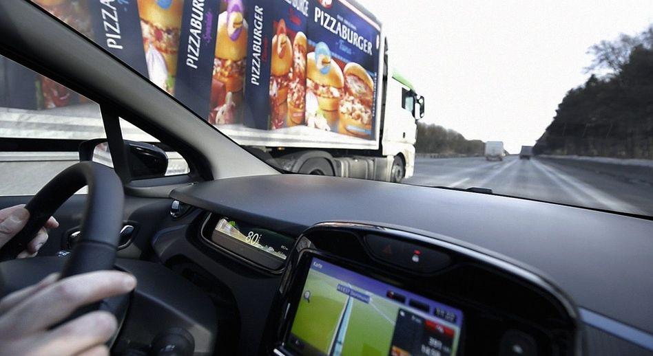 Renault Zoe bei SPIEGEL-Testfahrt: Im Lkw-Tempo über die Autobahn