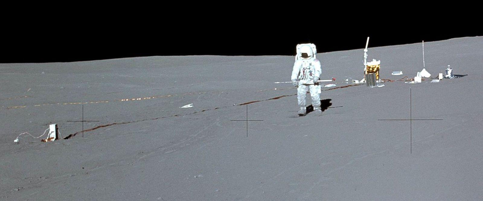 Apollo 14 / Edgar Mitchell