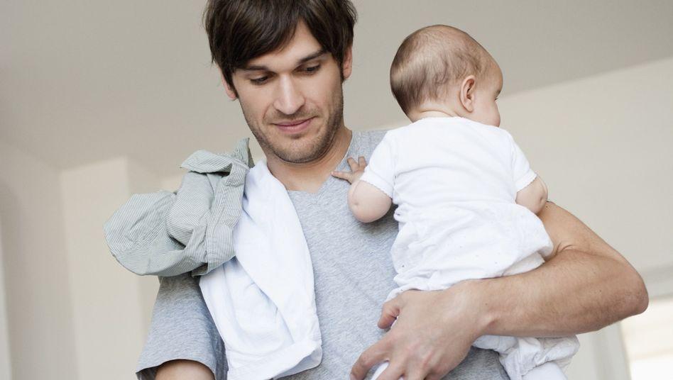 """Vater mit Baby: """"Was für Mütter selbstverständlich ist, ist für Väter erwähnenswert"""""""