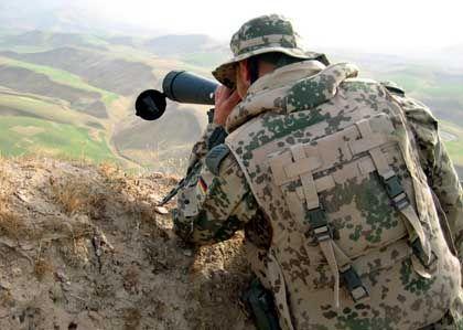 Deutscher Soldat bei einer Patrouille nahe dem afghanischen Masar-i-Scharif: Ausrüstung vom Röster?