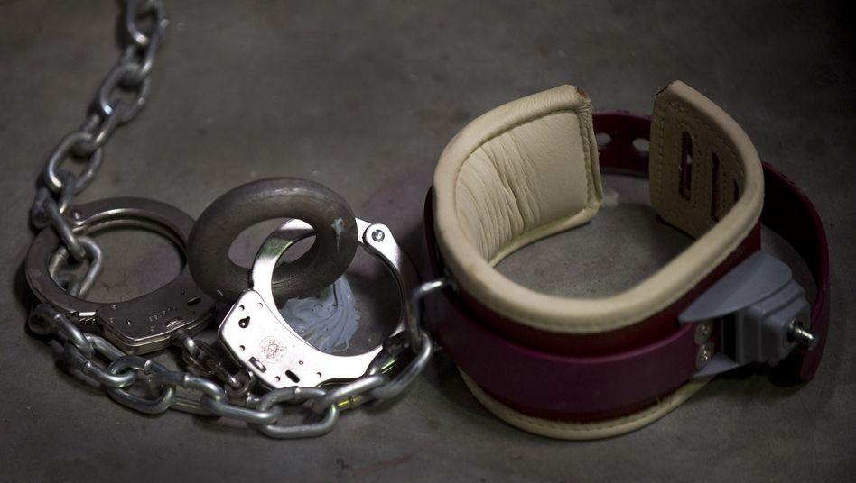 Verhöre von Terrorgefangenen: US-Senat prangert brutale Foltermethoden der CIA an