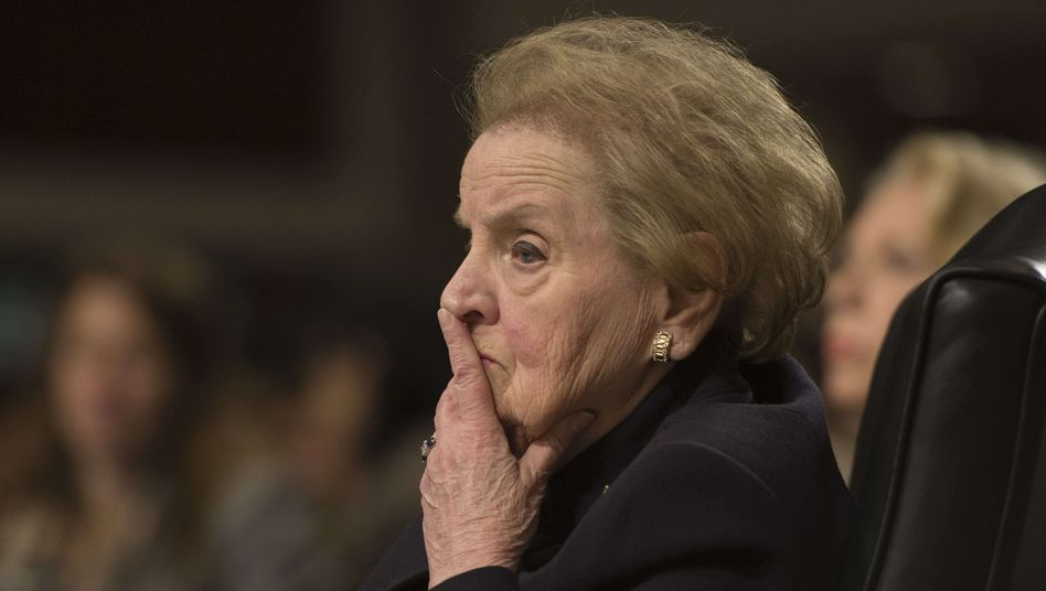 """Ex-US-Außenministerin Madeleine Albright: """"Recht auf Selbstverteidigung"""" der Ukrainer"""