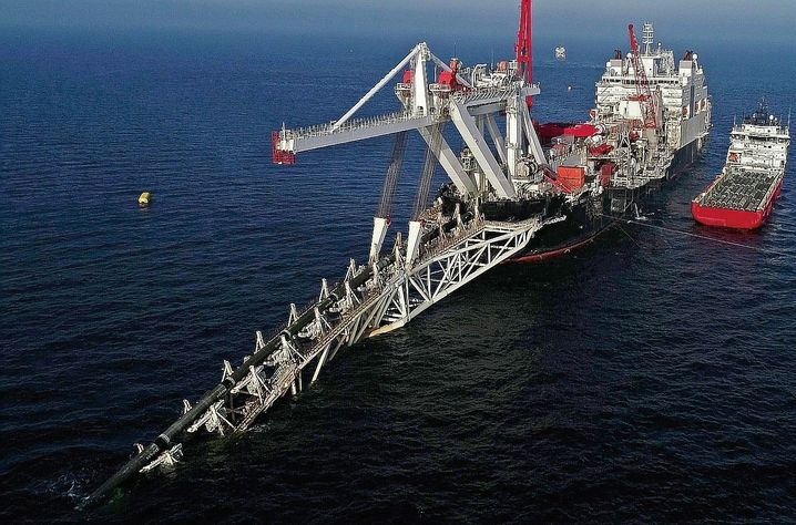 A pipelay vessel on the Baltic Sea in 2018: Long delays in the construction of the gas link have already been priced in.