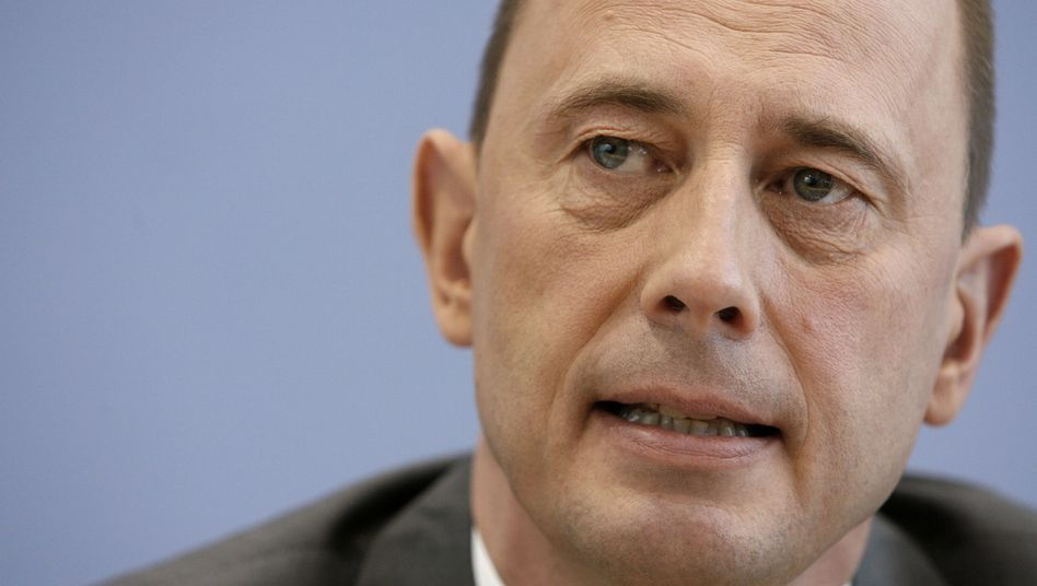 Bundesverkehrsminister Wolfgang Tiefensee (SPD): Scheiterte mit der Bahnreform - an der eigenen Partei