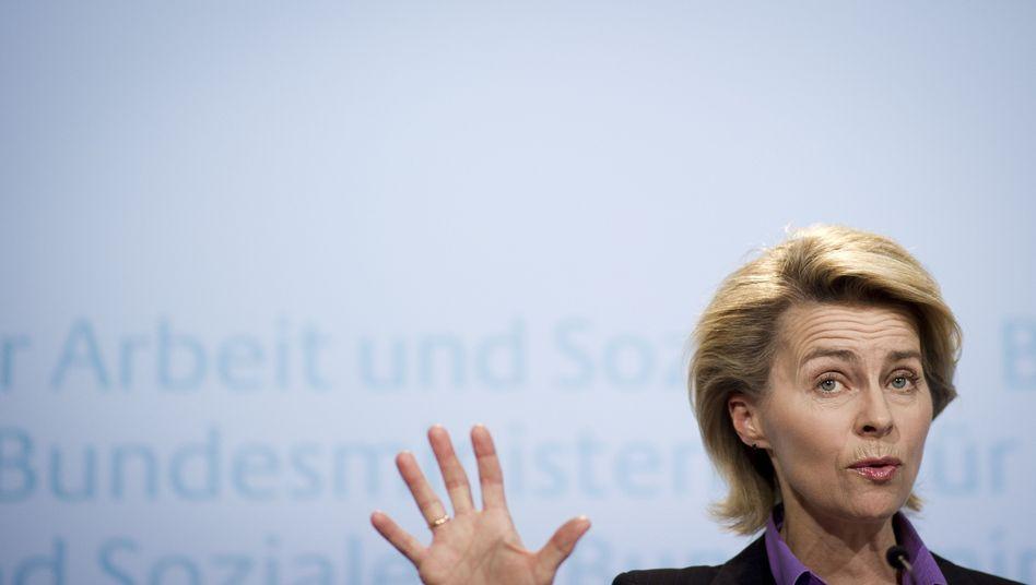 Arbeitsministerin von der Leyen: Mehr Geld von Gutverdienern