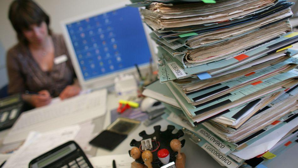 Zu viel Arbeit auf dem Tisch?