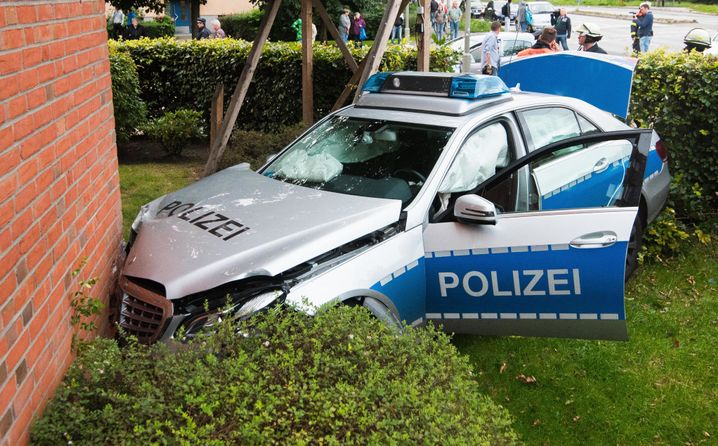 Unfall mit Polizeiauto im September 2015 in Hamburg
