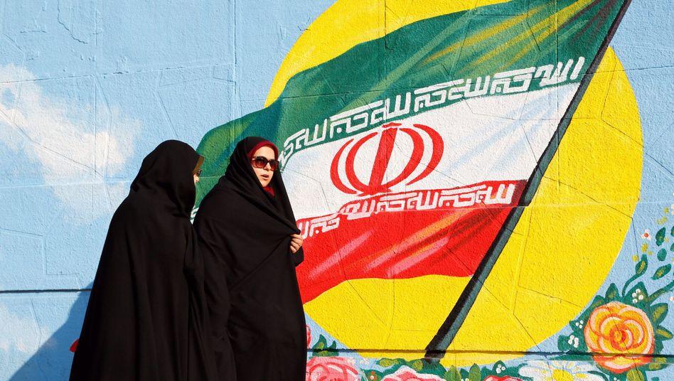 Frauen in Teheran: Der Atom-Deal bringt Hoffnung auf Veränderung
