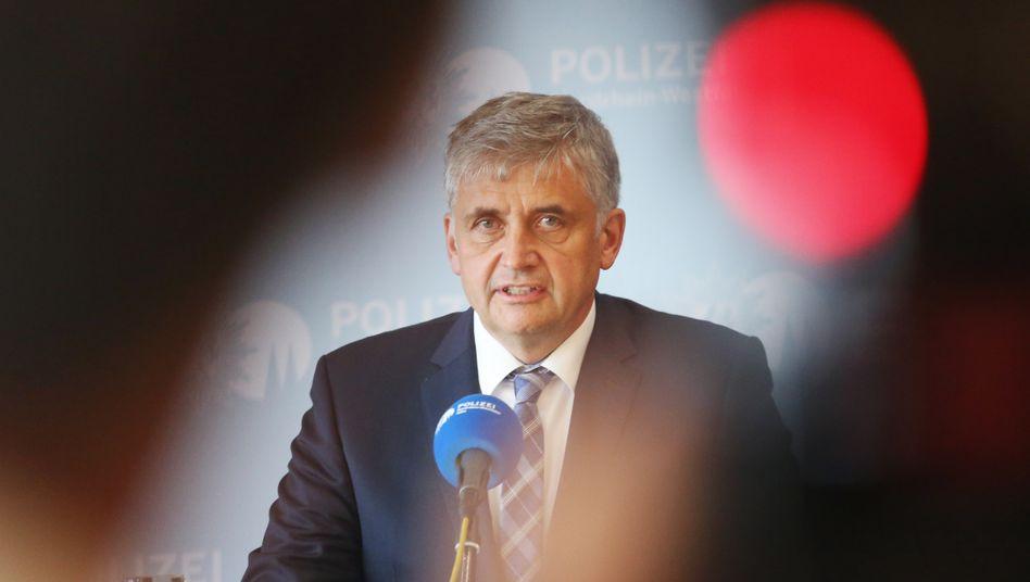 """""""Keiner der Täter soll ruhig schlafen können"""": Kriminaldirektor Michael Esser, Leiter der Ermittlungsgruppe """"Berg"""""""