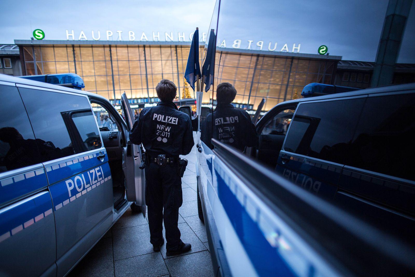 Polizei / Hauptbahnhof Köln