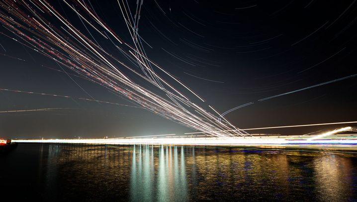 Flugzeuge beobachten: Diese Fotos machen Flugbahnen sichtbar
