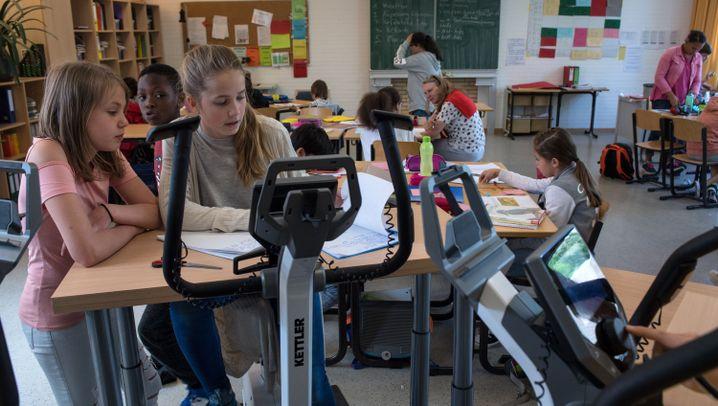 Schule mal anders: Strampeln fürs Köpfchen